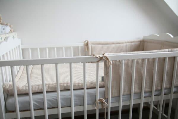 Hoofdbeschermer wafelstof beige Tiny Star | Baby's Paradijs | IMG 0285 2 scaled