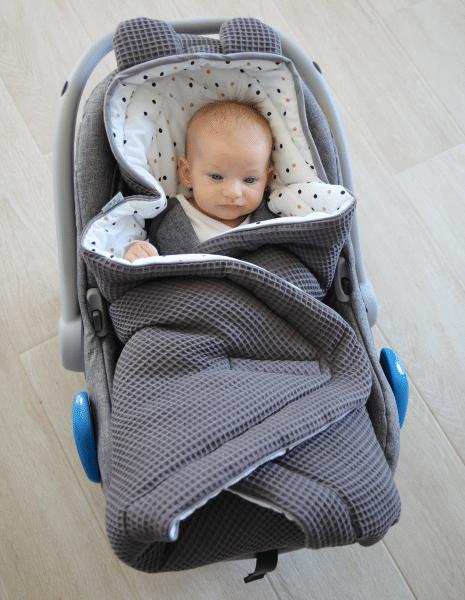 Autostoel voetenzak 0-8 maanden Sweet Confetti | Baby's Paradijs | IMG 7736 1
