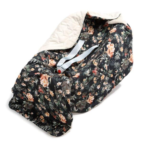 ORGANIC JERSEY COLLECTION - CAR SEAT BLANKET - BLOOMING BOUTIQUE NOIR - VELVET RAFAELLO | Baby's Paradijs | kocyk do fotelika samohodowego la millou velvet rafaello blooming boutique noir 2
