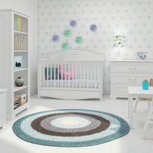 Babykamer met dorogroeibed